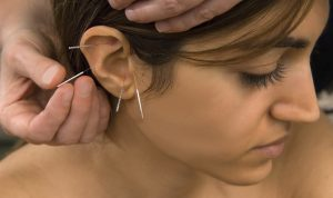 ear_close_female_300ppi_a4_074